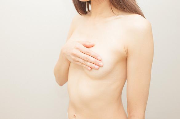 Małe i obwisłe piersi